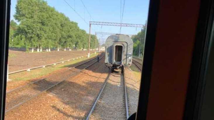 У поезда Брянск – Москва на ходу отцепился вагон
