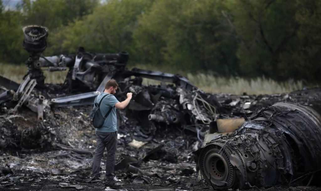 Голландия готова назвать имена виновных в катастрофе MH17