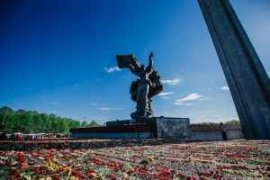 В Латвии решили снести памятник Освободителям Риги