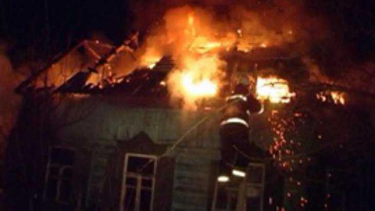В Лопуши в горевшем доме пострадал человек
