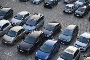 В самой большой стране будут самые тесные в мире парковки