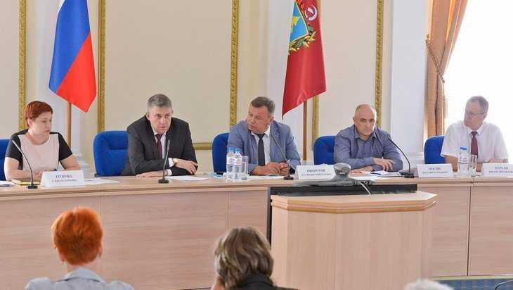 Брянский губернатор Богомаз призвал чиновников шевелиться и думать