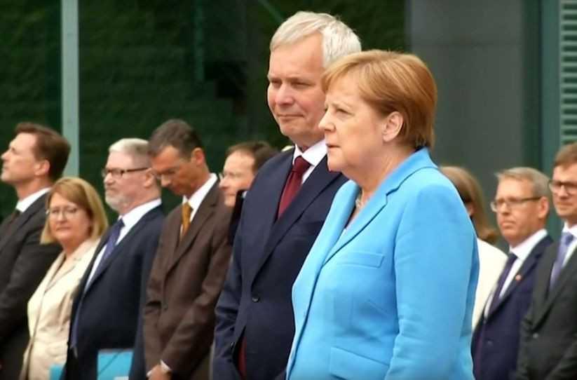 Ангела Меркель, вероятно, больна проказой