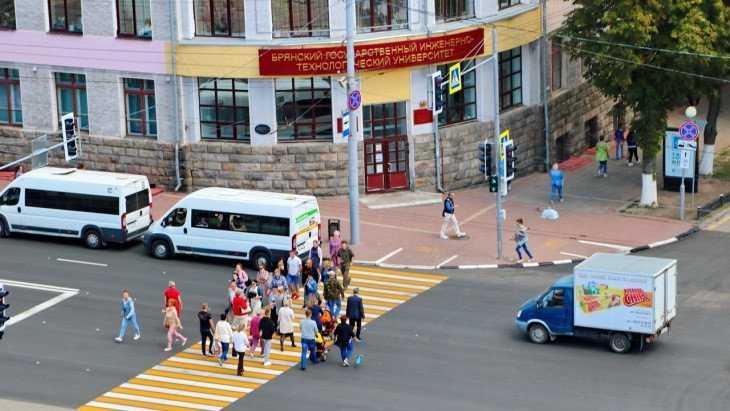Прокурор заставил чиновников установить светофор в центре Брянска