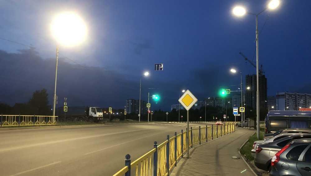 Жители Брянска признали образцовым освещение улицы Романа Брянского