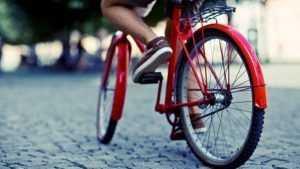 В Брянске Mazda сбила 12-летнего школьника-велосипедиста