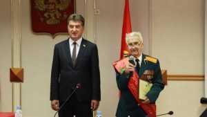 Ветеран войны Борис Шапошников стал почетным гражданином Брянска