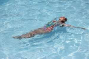 Как выбрать купальник для бассейна
