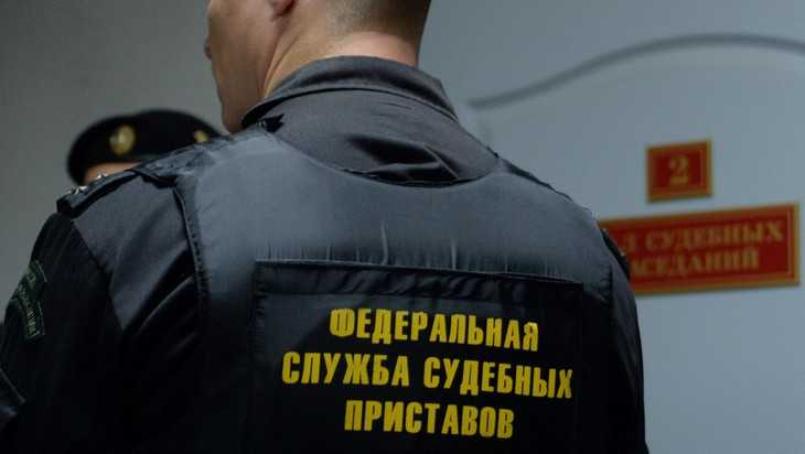 Президент России объявил благодарность брянскому приставу