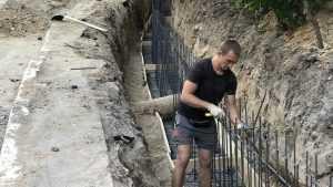 Молодые мастера взялись за реконструкцию Круглого сквера Брянска