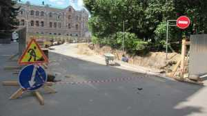 В Брянске с 8 июля закроют проход через сквер Карла Маркса