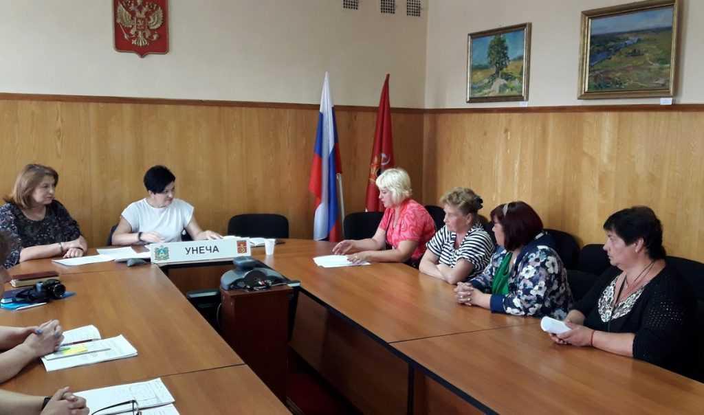 Валентина Миронова рассказала унечским предпринимателям об онлайн-кассах