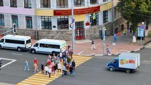 На площади Ленина в Брянске заработал новый светофор