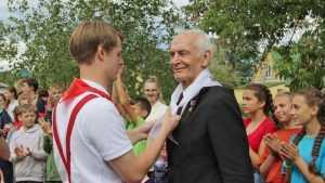 Василий Лановой в Брянске стал ровесником местных детей