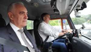 Брянский губернатор провёз Зязикова на КамАЗе по Первомайскому мосту