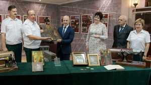 Таможенники пополнили коллекции брянских музеев
