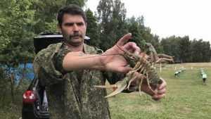 Брянский рыбак поймал гигантского рака
