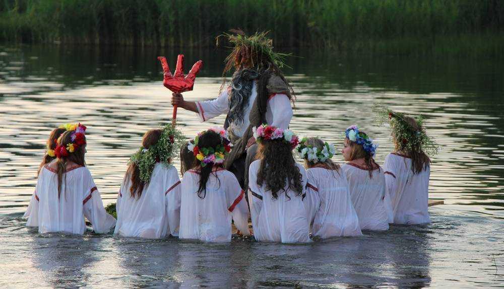 В Карачевском районе провели обрядовый праздник Аграфены Купальницы