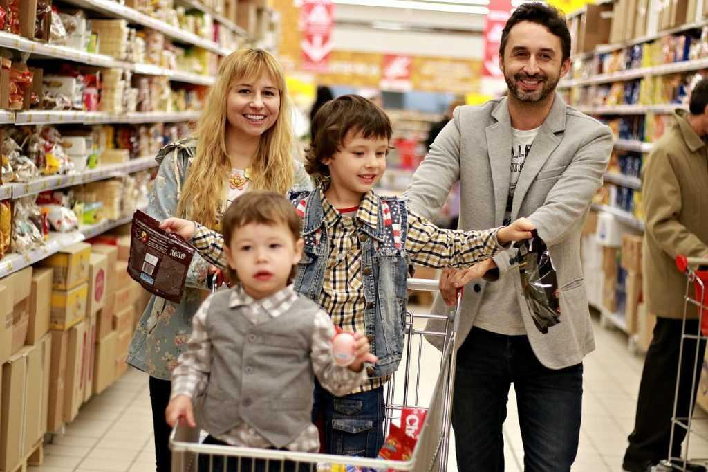 Почему гипермаркеты перестали привлекать россиян?