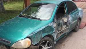 В Стародубе водитель Kia врезался в ограждение и сломал руку