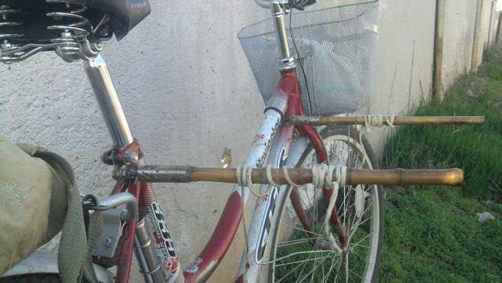 Брянец за украденные сети забрал велосипед у знакомого жителя села