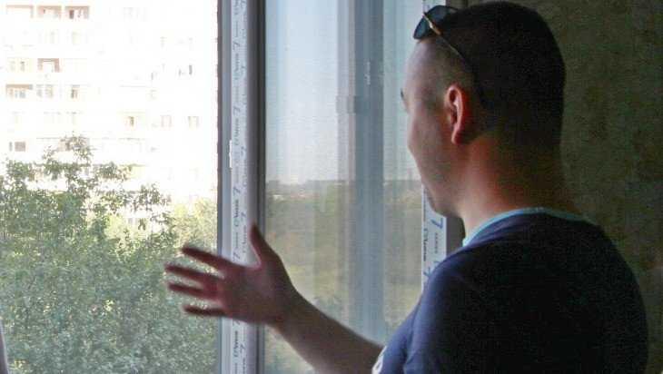 Сельцовский сирота добился квартиры через восемь лет