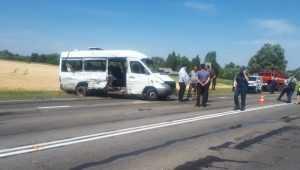 Брянский губернатор пообещал помощь раненым в страшном ДТП с маршруткой