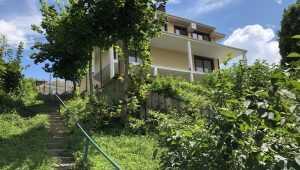 В Брянске вырос загадочный «кавказский» дом над Судком
