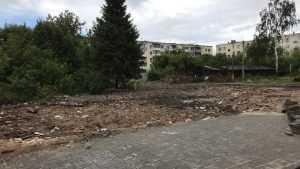 В Брянске снесли сталинский символ Московского проспекта