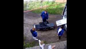 В Брянске сняли видео о суровых медиках и впавшем в кому алкоголике
