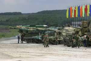 Брянские танки грозно взревели моторами