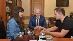 Заместитель брянского губернатора встретился с лучшим волонтёром России