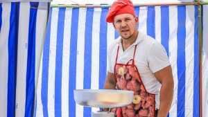 В Брянске на набережной прошёл фестиваль вкусной еды «Food Рай»