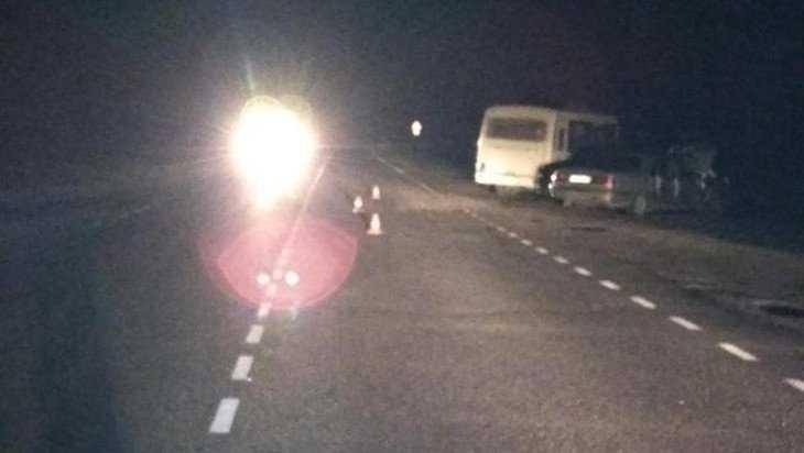 Под Дятьковом автобус протаранил «Волгу» – пять человек попали в больницу