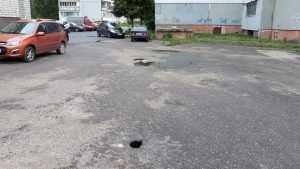 В Брянске над новой теплотрассой образовались опасные провалы