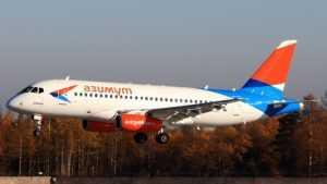 Самолёт из Сочи прибыл в Брянск с задержкой из-за грозы