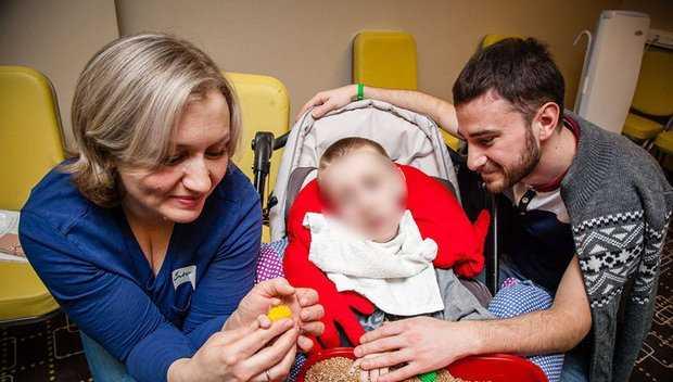 Мать смертельно больного ребенка задержали за покупку запрещенного препарата