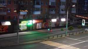 Жительница Брянска пожаловалась на уличный мрак в центре города