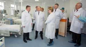 К концу года заплата брянских врачей вырастет до 50 тысяч