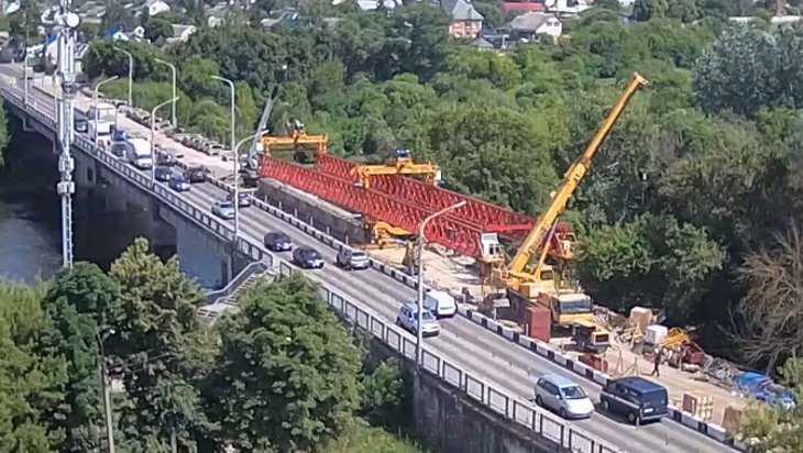 Жители Орла позавидовали быстрому строительству мостов в Брянске