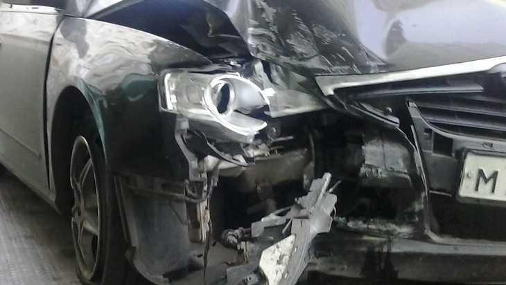 Под Брянском пьяный водитель перевернул автомобиль – трое ранены