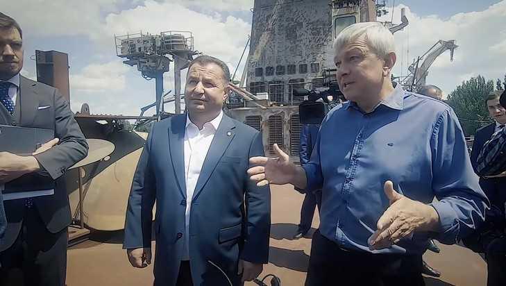 Украинцы на родном русском рассказали Зеленскому о катастрофе Украины