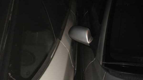 Жителей Брянска поразила ювелирная парковка автомобилиста