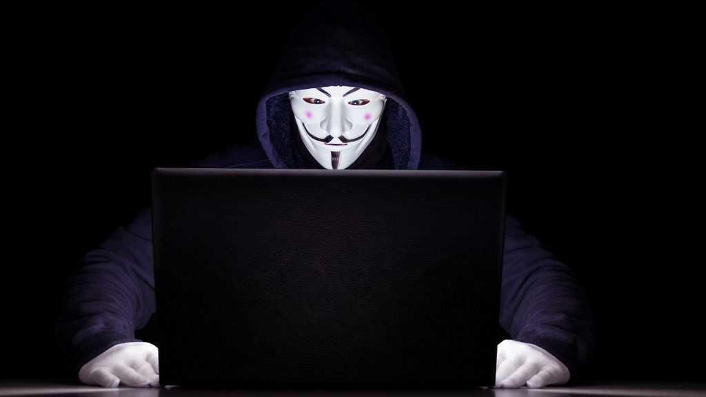 В Брянске за экстремизм в интернете осудили студента