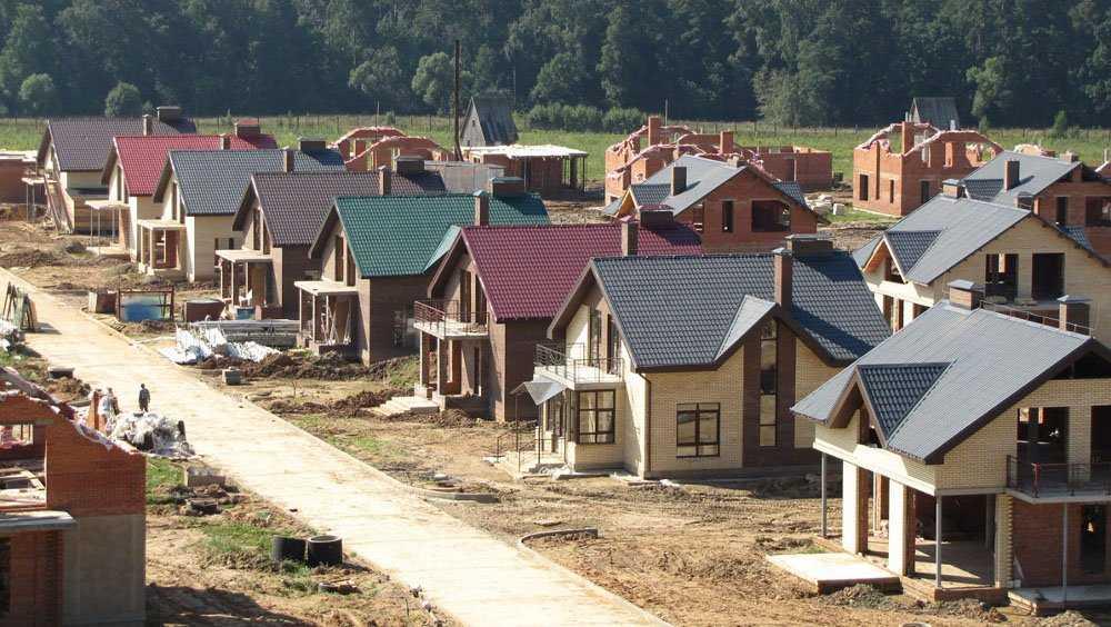 Брянцы взялись за строительство своих домов
