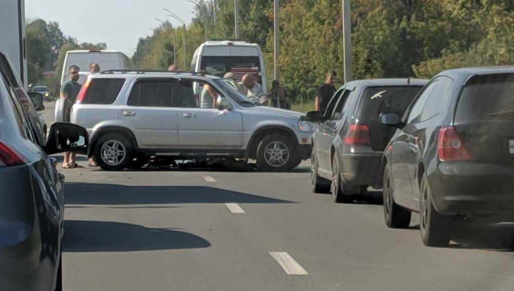 В Брянске на Флотской улице разбился мотоциклист