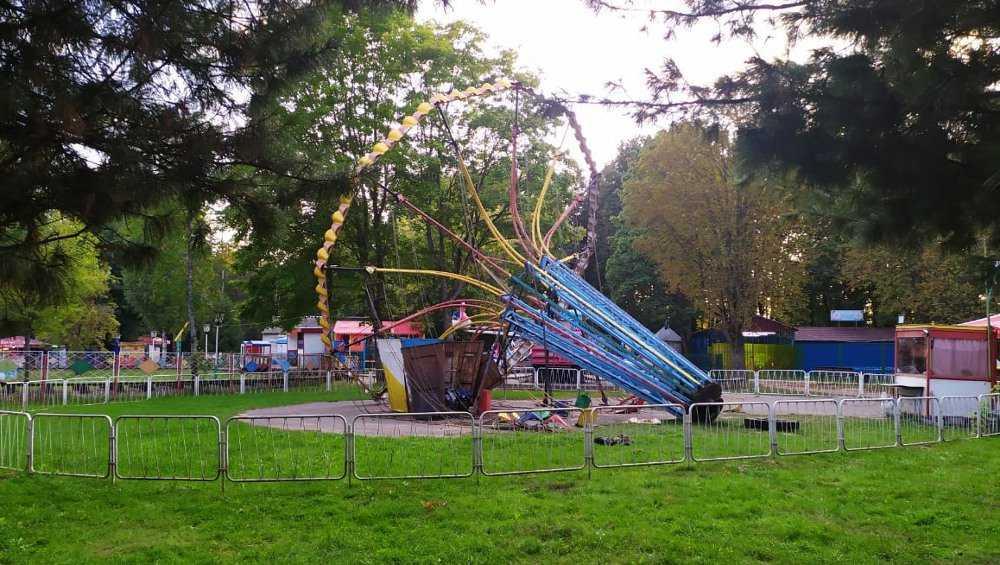 В Брянске в парке «Соловьи» вышла из строя еще одна карусель