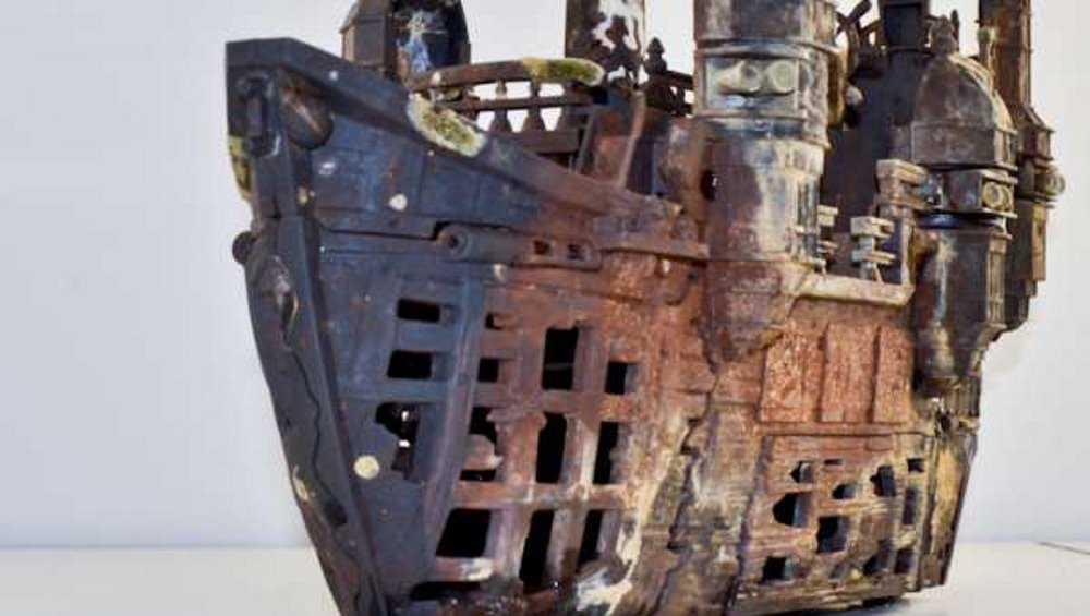 В Брянске дайверы клуба «Скат» подняли со дна Десны пиратский корабль