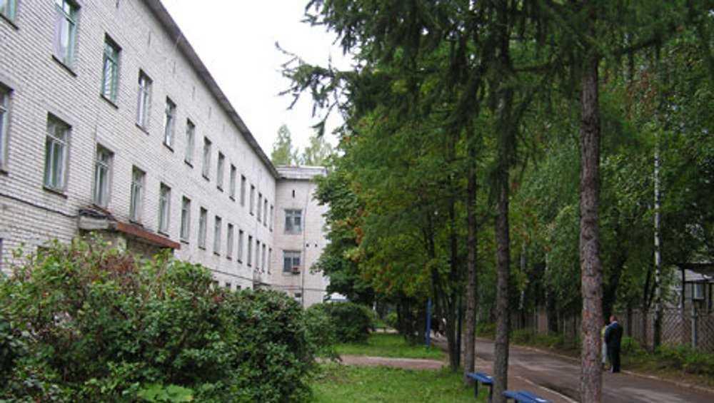 Медведев пообещал для брянского онкодиспансера пристройку на 90 мест