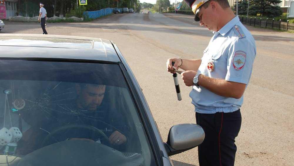 Возле брянских детсадов устроят засады на водителей